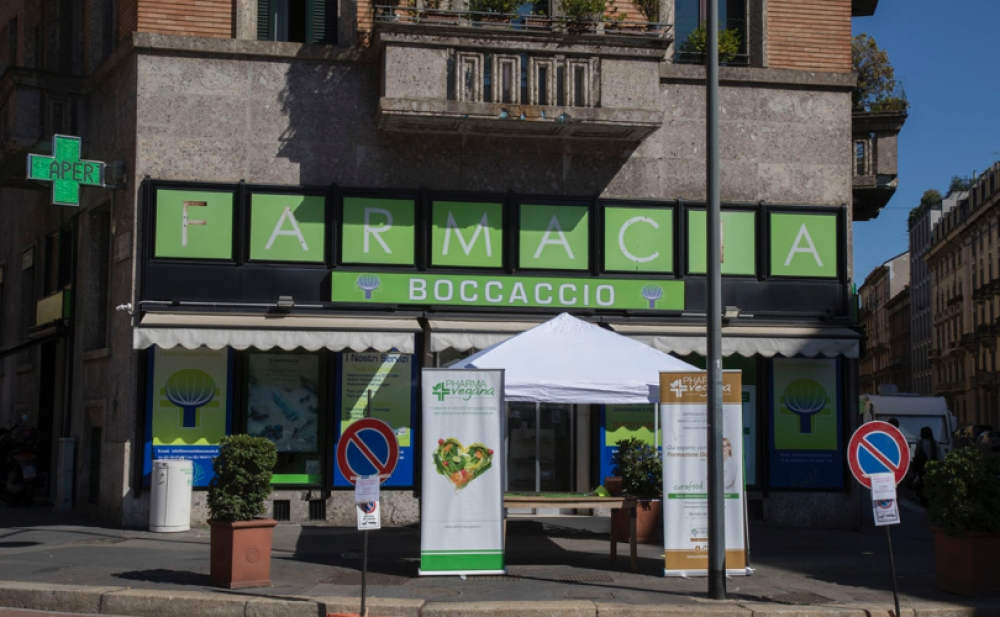Superfood in farmacia con uno showcooking